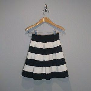 Xhilaration Black and White skirt